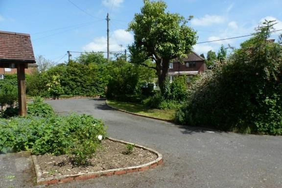 Plomer Green Lane