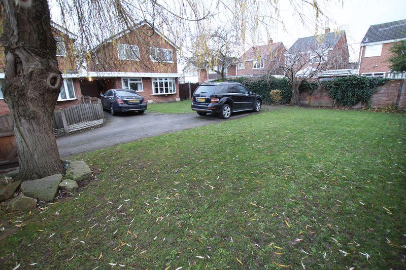 Royston Close Great Sutton