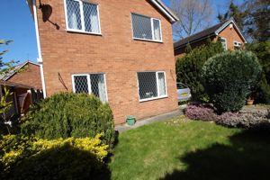 Sunfield Close Great Sutton