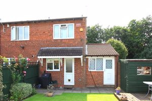 Tyning Close PENDEFORD