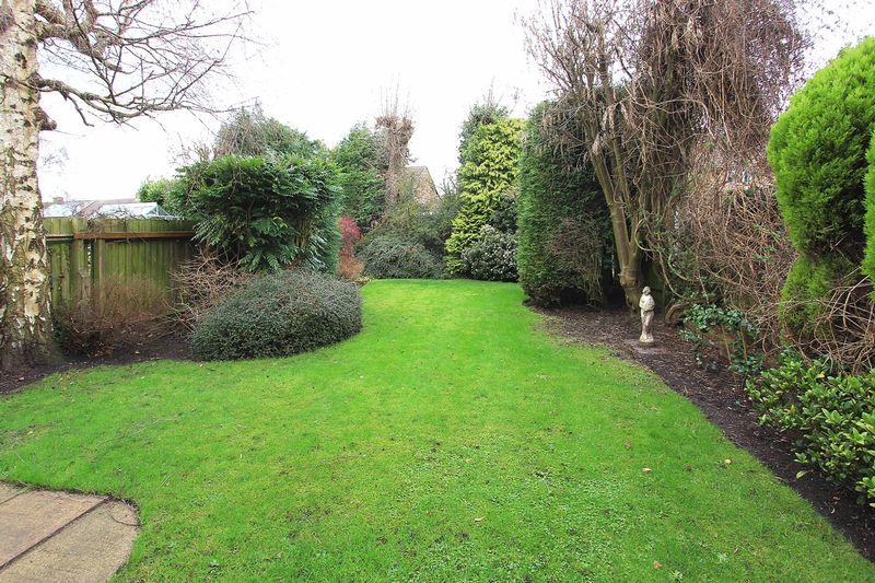 Castlecroft Road Finchfield