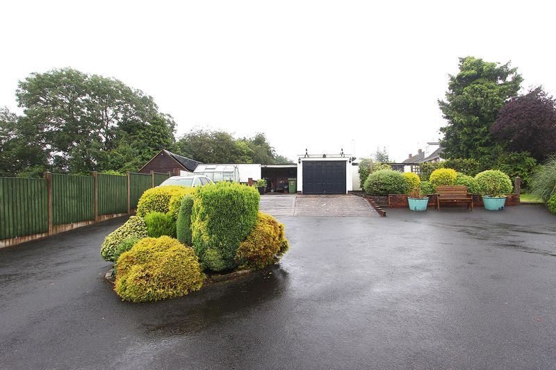 Castlecroft Lane Castlecroft