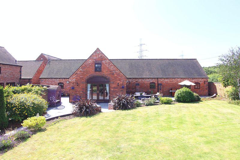 2 Saredon Hall Farm Great Saredon