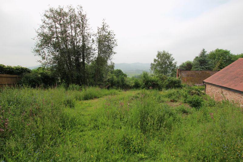 Shucknall Hill