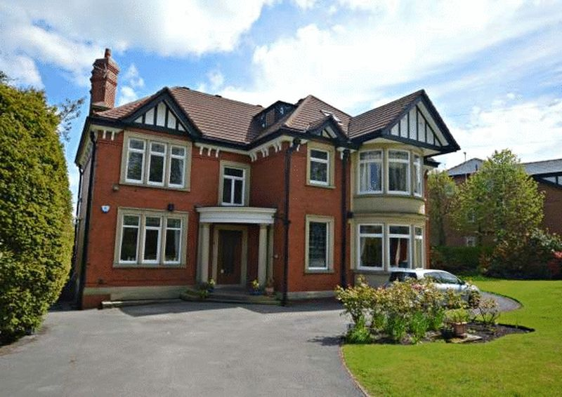 1 Bedroom Property for sale in Arkwright Road Marple, Stockport