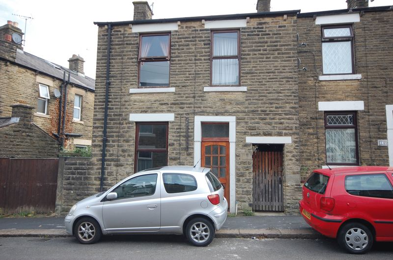 2 Bedrooms Property for sale in Hadfield Street, Glossop