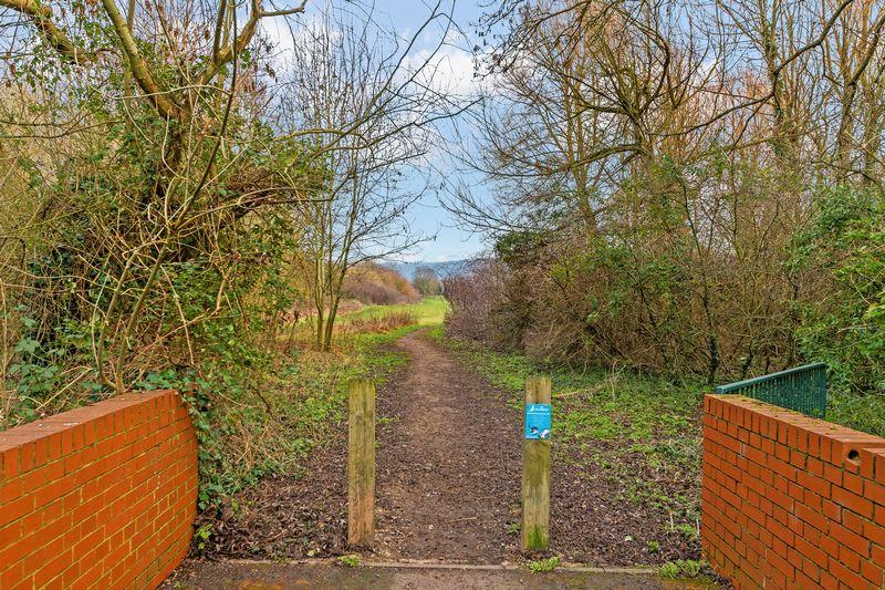 Water Meadow Way Wendover