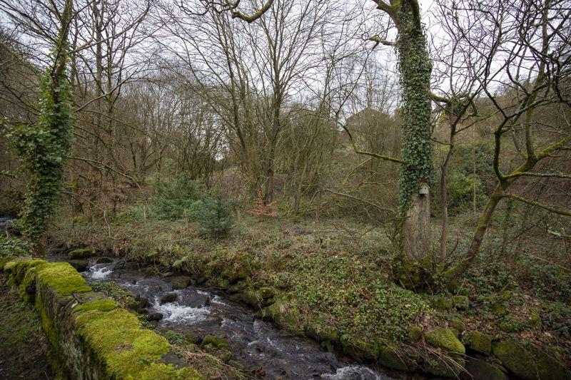 Bridge End, Foxen Lane