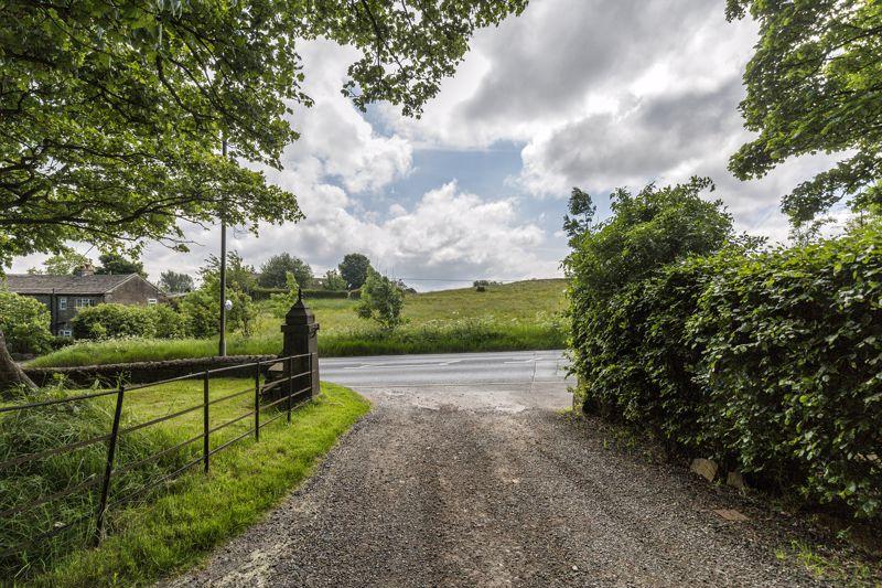 Brighouse & Denholme Gate Road