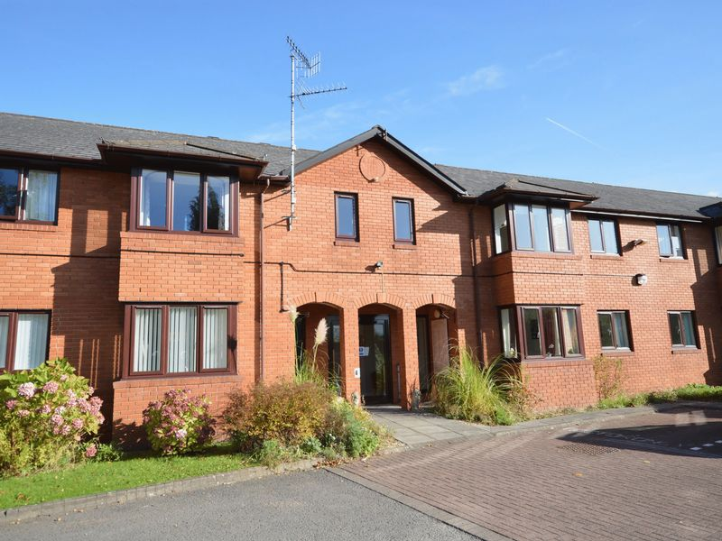 1 Bedroom Property for sale in Hereford Road, Abergavenny