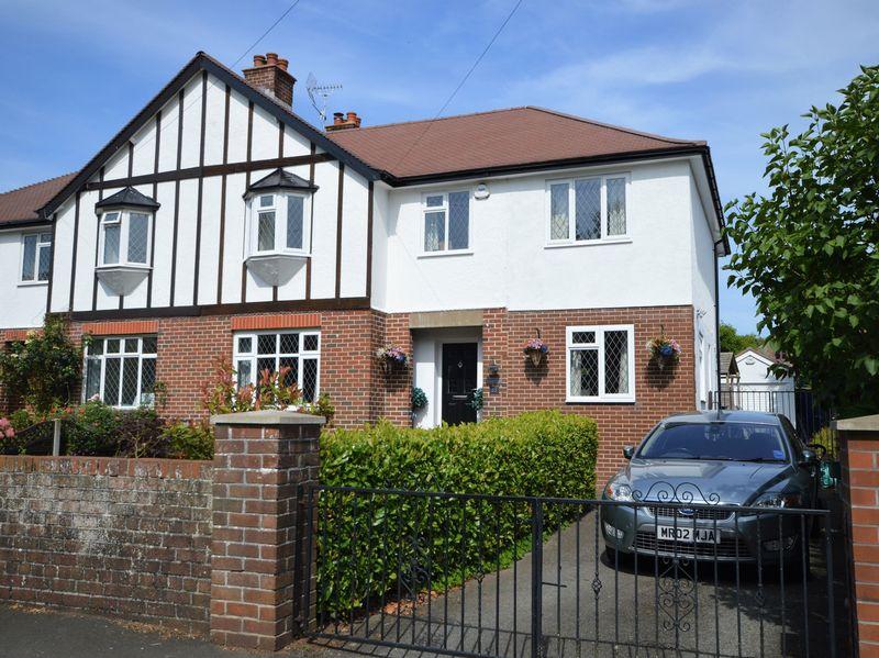 4 Bedrooms Property for sale in Belgrave Road, Abergavenny