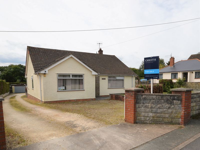 3 Bedrooms Property for sale in Gwent Road Mardy, Abergavenny