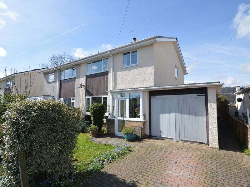 3 Bedrooms Property for sale in Tyr Common Gilwern, Abergavenny