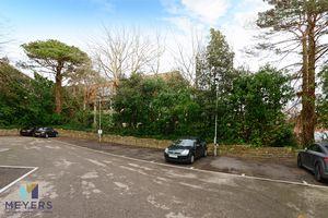 24 Madeira Road