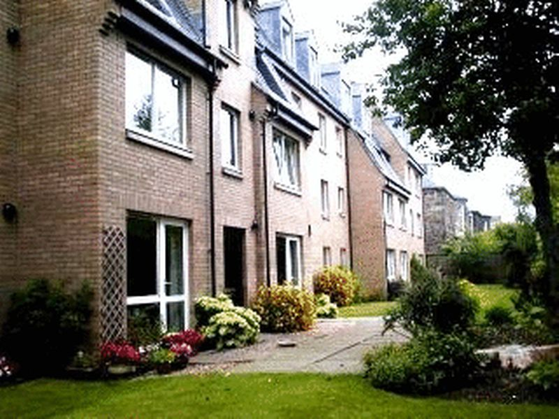 1 Bedroom Property for sale in Homeross House, Edinburgh, EH9 2QZ