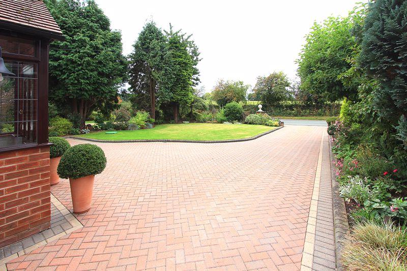 Penstone Lane Lower Penn
