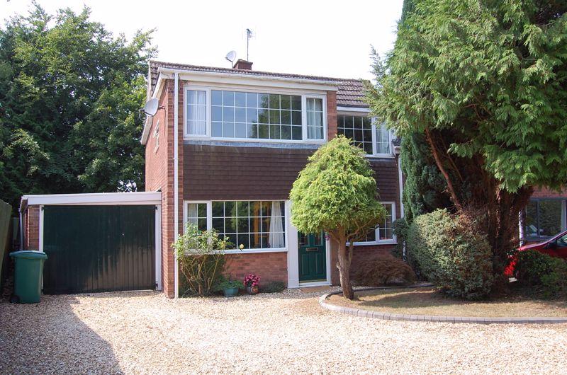 Bush Close Albrighton