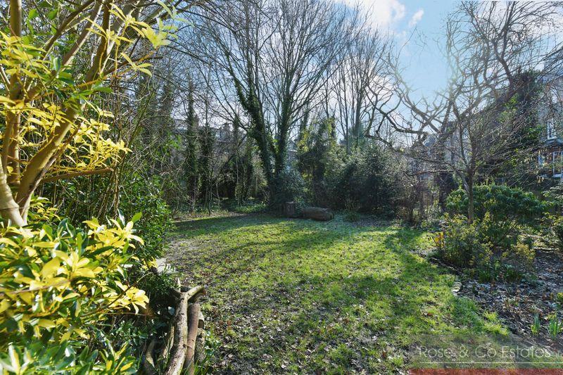 Fairhazel Gardens South Hampstead
